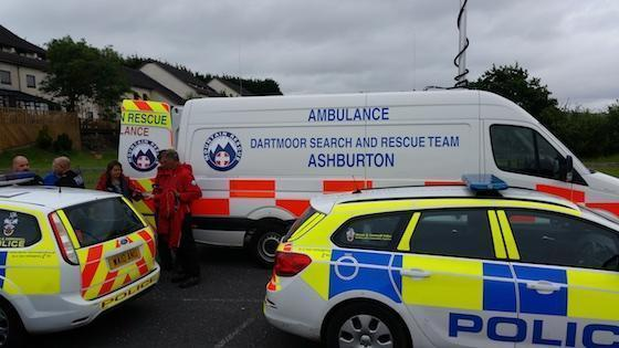 Dartmoor Search and Rescue Ashburton Incident Control Vehicle DART02 with Devon and Cornwall Police vehicles on a team callout