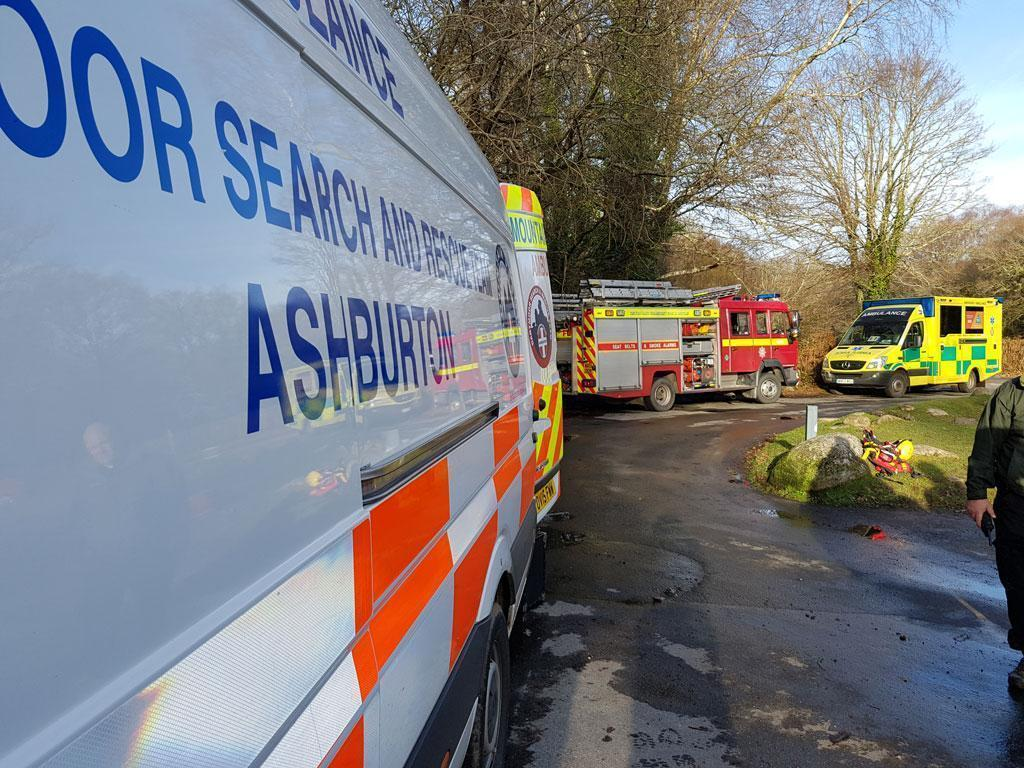 Dartmoor Search and Rescue Ashburton working alongside Devon and Somerset Fire and Rescue, Devon and Cornwall Polcie and South West Ambulance Service during callout to recover a kayaker on the River Dart.