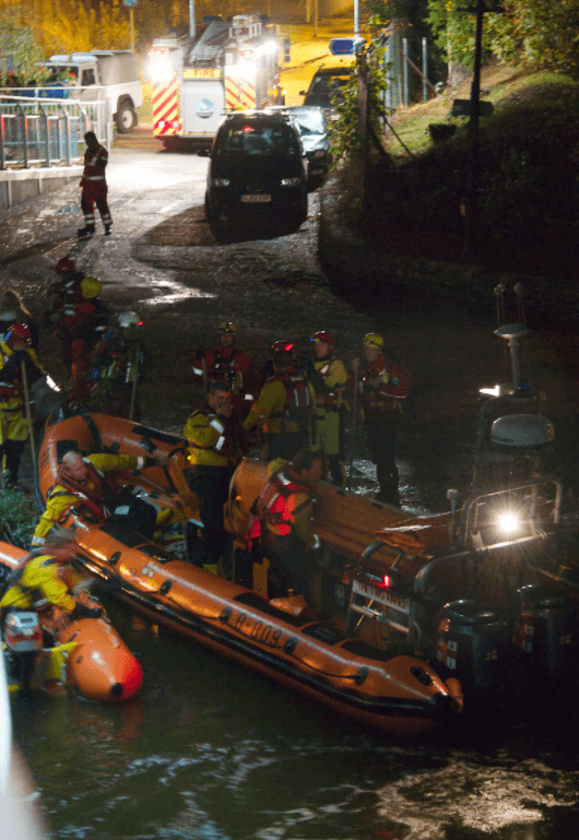 volunteer rescuers including Dartmoor Rescue and the RNLI  join forces at Newton Abbot for search and rescue exercise