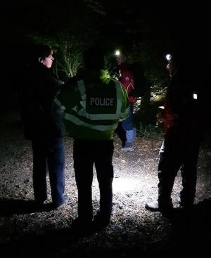 Vulnerble woman search in Decoy Country Park